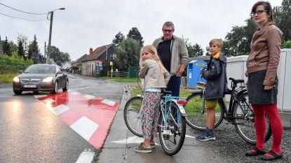 Bewoners Broekstraat eisen verkeersremmers