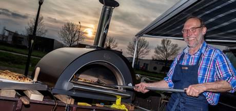 Mijdrechtse pizzabakker rijdt rond met oven op bakfiets