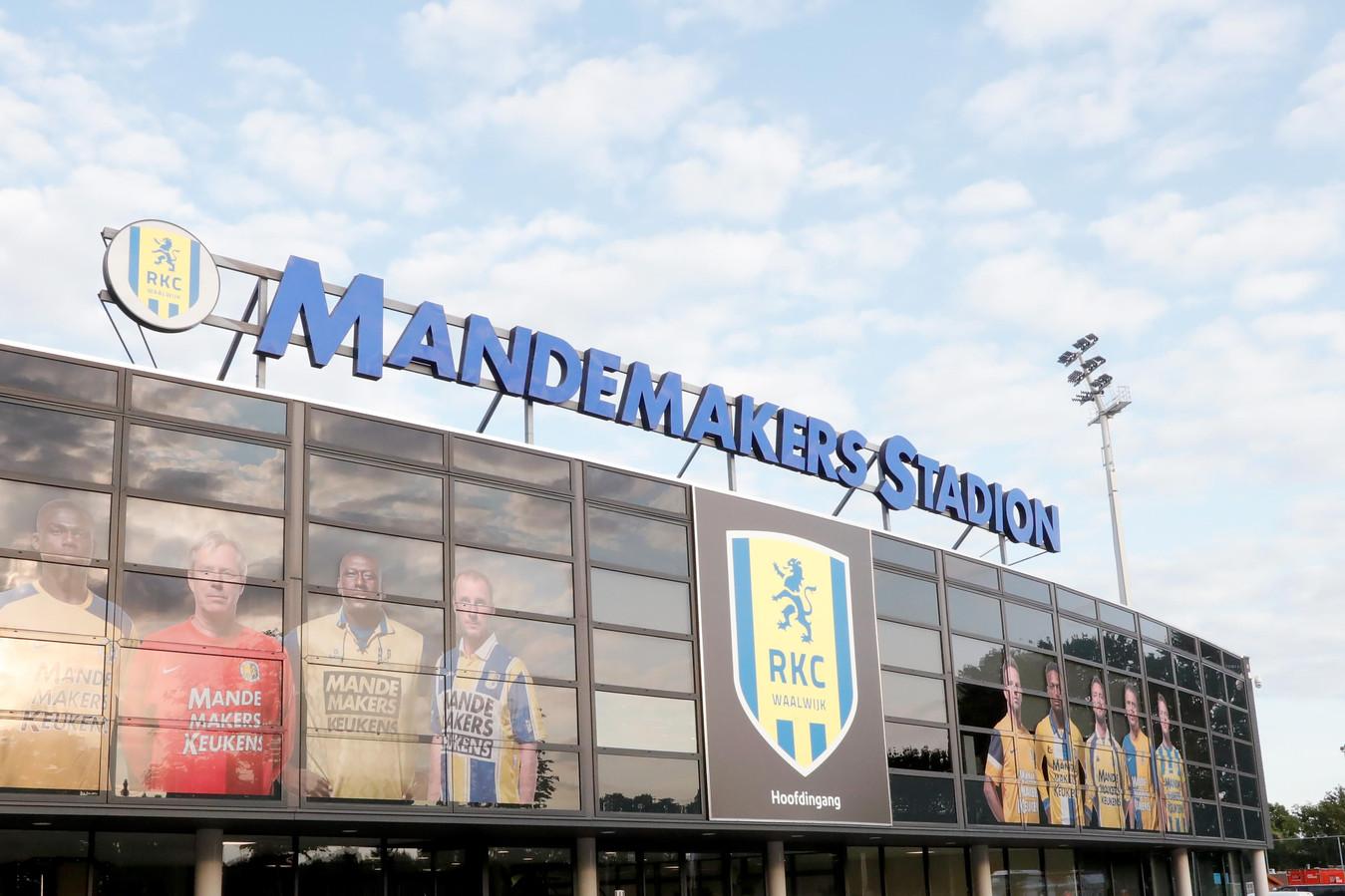 RKC Waalwijk zag het aantal verkochte seizoenkaarten in een paar dagen tijd met bijna 400 toenemen.