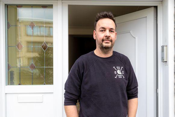 Paul Naewelaerts (40) vindt het niet erg dat er een asielcentrum naast zijn deur geopend wordt.