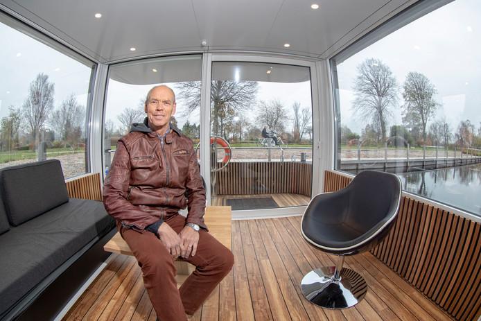 Jos van Lint wil er alles aan doen om de toverhazelaarcollectie te kunnen behouden voor Boskoop.