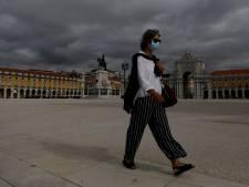 Le port du masque dans la rue bientôt obligatoire au Portugal