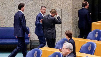 """Nederlandse minister onwel tijdens debat in parlement over coronacrisis: """"Flauwte door oververmoeidheid"""""""
