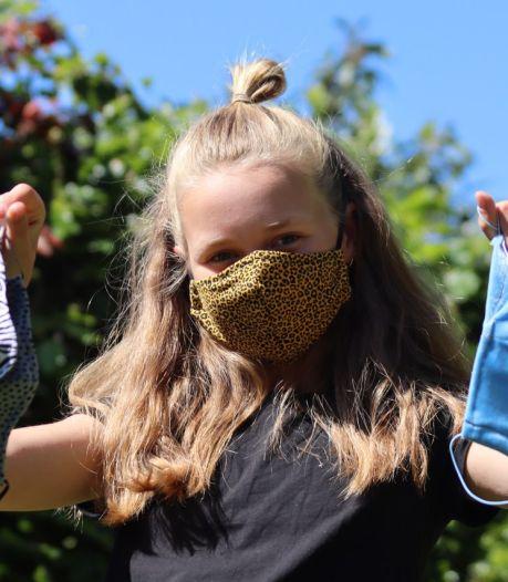 Luchtig coronanieuws: Jules (10) uit Gronau maakt eigen mondkapjes en Twentse voetbalclubs zitten niet stil