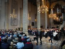 250 stoelen voor de Nieuwe Kerk in Middelburg kosten 293 euro per stuk
