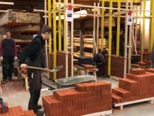 Werkgevers in de rij voor timmer- en metseltalenten