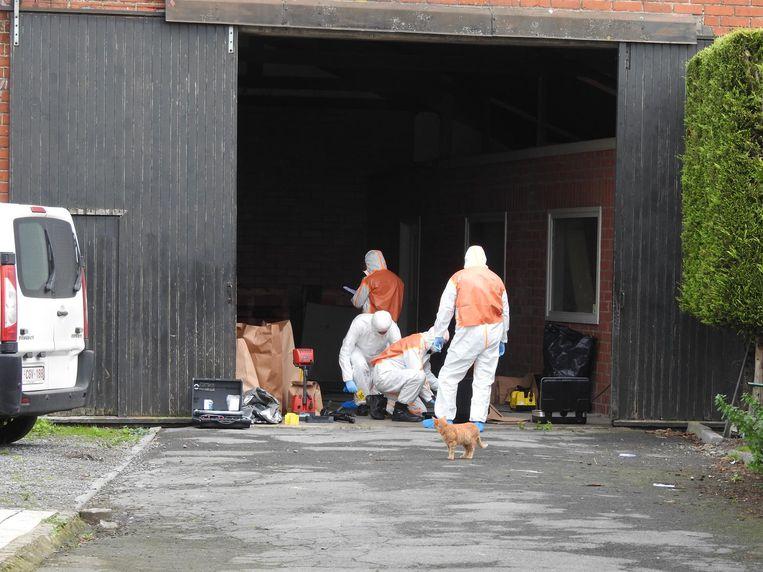 De federale politie ontmantelde de installatie en nam alles in beslag.