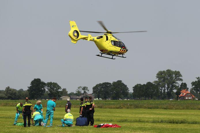 De Luchtvaartpolitie stelt dat het een noodlottig ongeval was waarbij een 19-jarige parachutespringster om het leven kwam. Niemand wordt vervolgd.