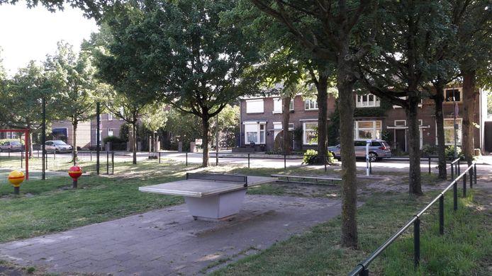 De mobiele bewakingscamera's zijn uit het straatbeeld verdwenen in de Asterstraat en Narcishof in Oss.