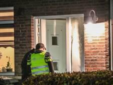 Jongen (17) opgepakt voor gooien knalvuurwerk door brievenbussen van woningen in Achterberg