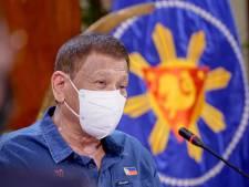 """Rodrigo Duterte va tester le vaccin russe: """"Il est vieux, il peut sacrifier sa vie pour le peuple philippin"""""""