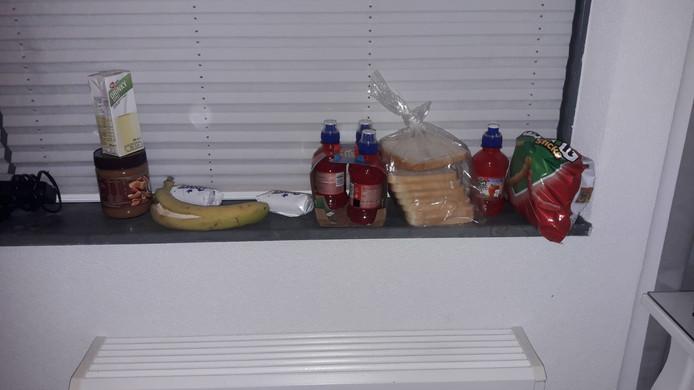 De voedselvoorraad van Nina Raaijmakers.
