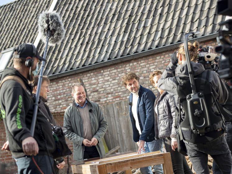 Tv-programma Green Make Over op bezoek bij weerman Dennis Wilt