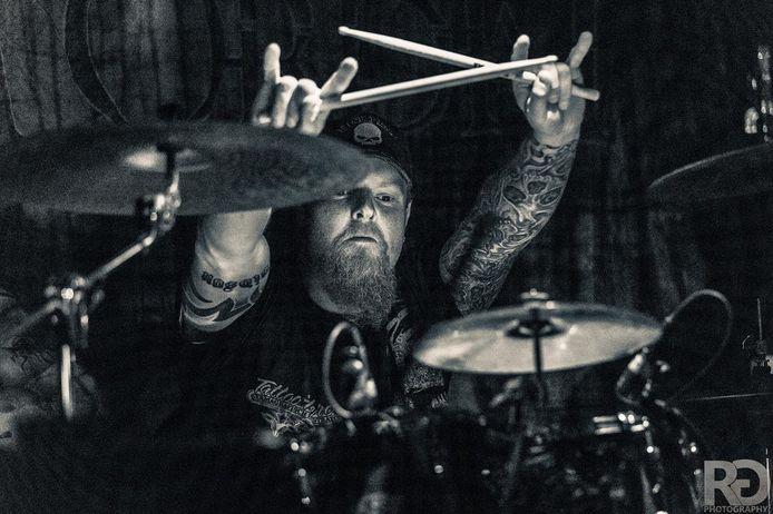 Rob Pol uit Twello, drummer van Grim Ordeal kwam om het leven bij een ongeval in Neede