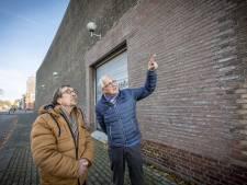 Bato-complex Enschede: erfgoed of gribus? 'Kijk, niet authentiek en nog lelijk ook!'