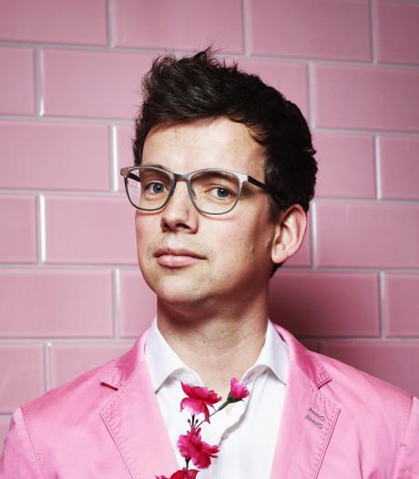 Pieter Derks genomineerd voor prestigieuze cabaretprijs Poelifinario