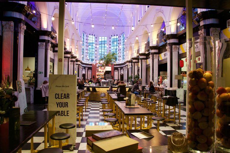 Sfeerbeeld van de Holy Food Market