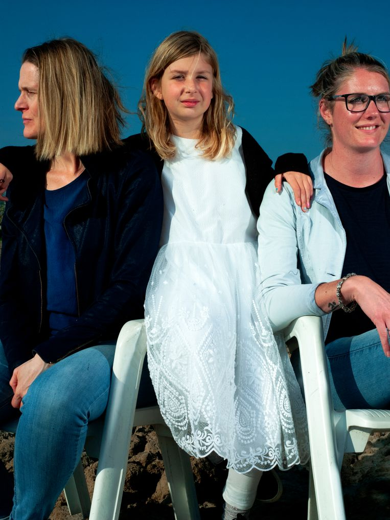 Van links naar rechts: Annemarieke, Lieke, en Rosalinde Beeld Eva Roefs