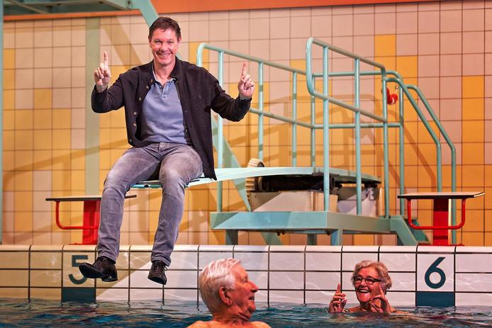 Remco Pielstroom, directeur van zwembadenbeheerder De Thermen 2, wil graag dat zwembad De Hoorn opgaat in een multifunctioneel sport- en gezondheidscentrum.
