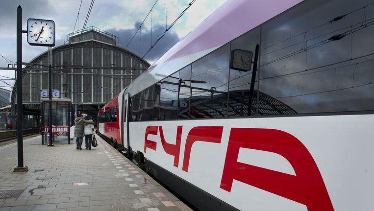 Een Fyra-treinstel vorig jaar december op Amsterdam Centraal. Beeld null