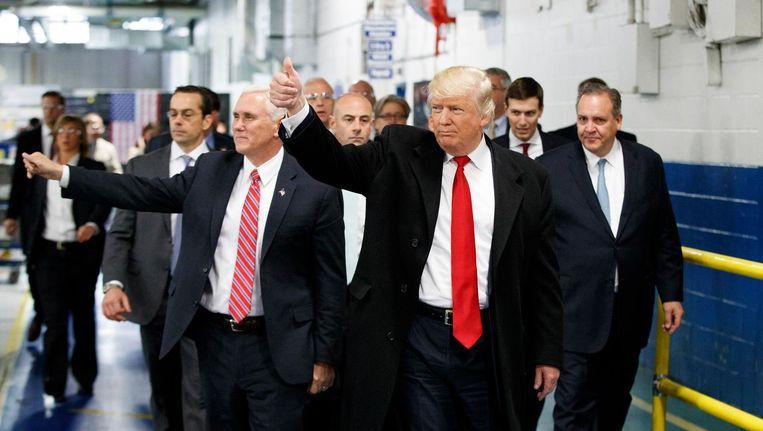 Trump op bezoek in de fabriek van Carrier. Beeld AP