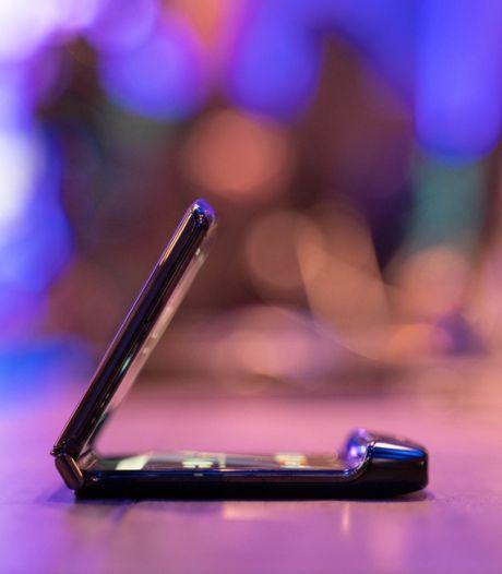 Vouwtelefoon Motorola Razr al na 27.000 keer 'vouwen' kapot