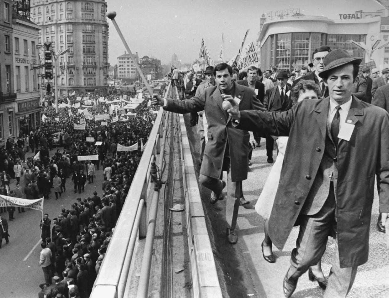 Boeren protesteren in Brussel tegen een gezamenlijke voedselprijzen binnen de EEC, maart 1971. Beeld Getty