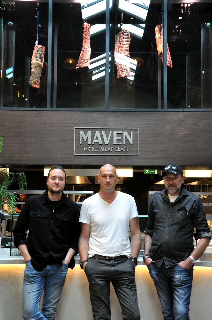 Jules Koninckx, Wim Van der Borght en Luc De Laet in restaurant MAVEN.