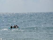 Russin dobbert 21 uur lang rond op zee, nadat luchtbed afdrijft van de kust