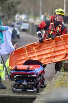 Alerte Arnhemse woonbootbewoner voorkomt dat buurman verdrinkt