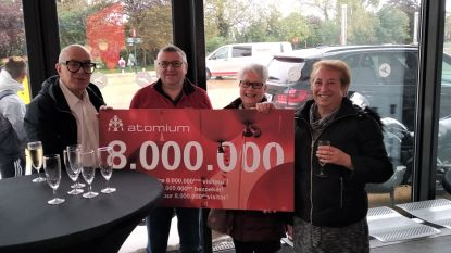 Britse toeriste is 8 miljoenste bezoeker van het Atomium