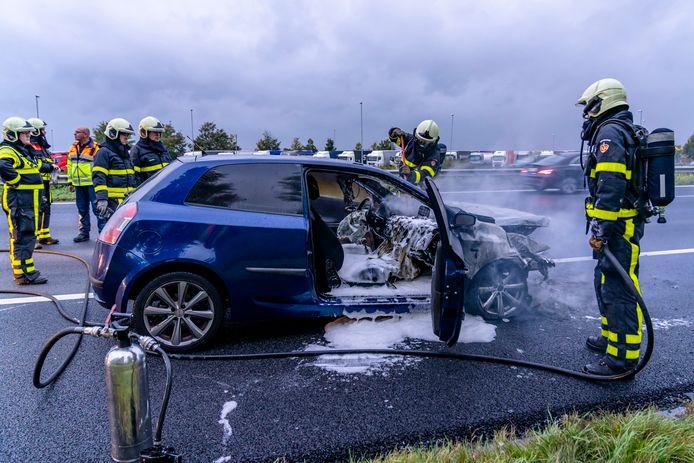 ZEVENBERGSCHEN HOEK, Netherlands, 26-09-2019, dutchnews, , Autobrand op A16 Zevenbergschen Hoek