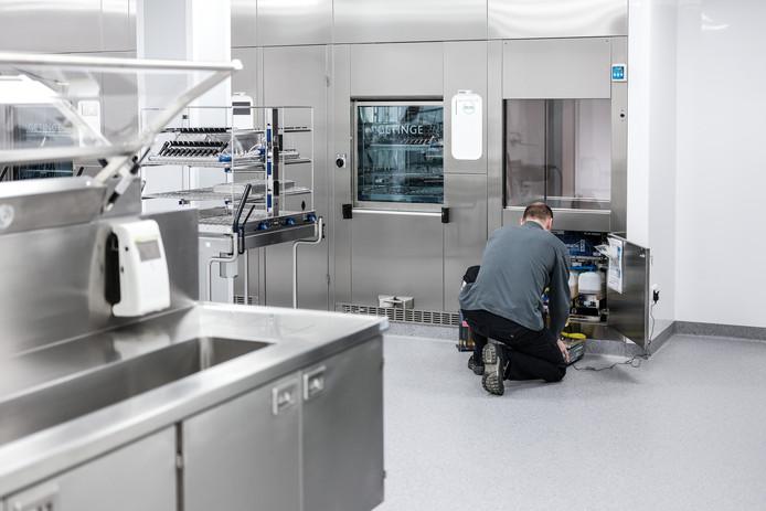 De dit jaar geopende nieuwe sterilisatieruimte in het SKB.