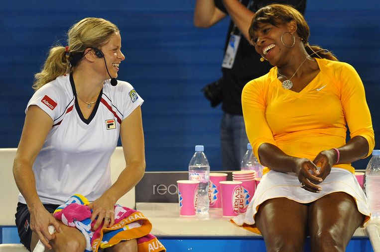 Clijsters met Serena Williams in 2010.