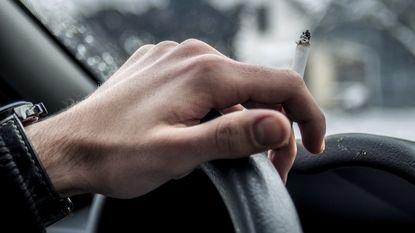 """""""Verbied roken in een auto met kinderen"""""""