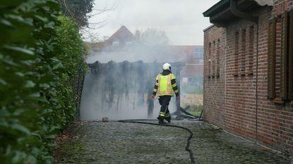 Tuinhuis volledig uitgebrand