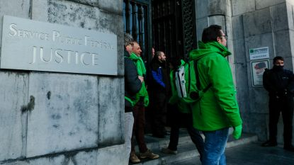 Staking gevangenissen: vakbonden leggen eisen op tafel bij kabinet minister Koen Geens