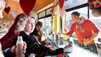 Melkbar houdt leerlingen basisschool warm