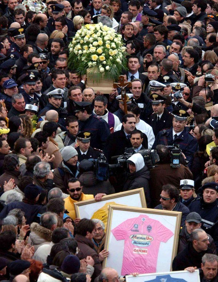 De begrafenis van Pantani. Beeld ap