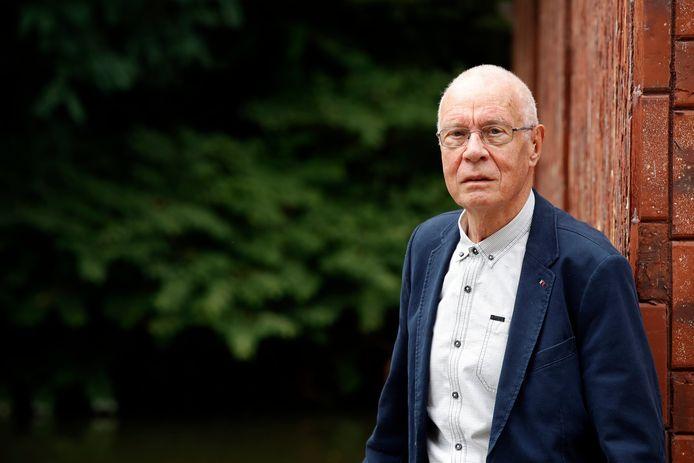Daniël Vangroenweghe vertelt in Dag Allemaal over z'n in 1985 verschenen boek 'Rood Rubber'.