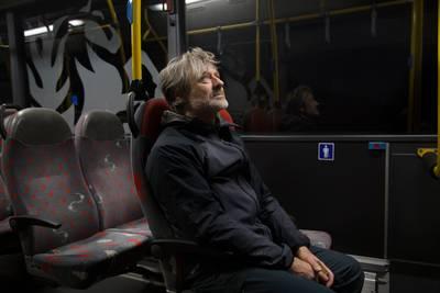 Met de bus terug naar het beginpunt.