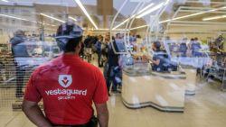 """Aldi zet security in tegen vechtende koopjesjagers op stockverkoop: """"Klanten halen zelfs artikelen uit elkaars kar"""""""