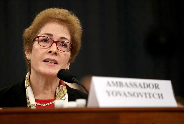 Marie Yovanovitch als getuige in het impeachmentonderzoek.