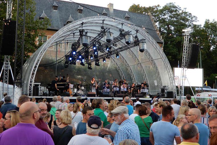 opening druivenfeesten Lady Linn & Her Magnificent Bigband