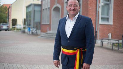 Burgemeester wordt voor tweede keer grootvader
