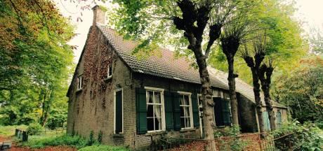 Bouw Vlaamse schuur bij eeuwenoude boerderij in Markdal bij Breda uitgesteld