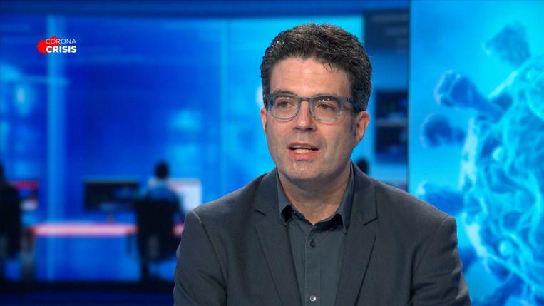 """Steven Van Gucht: """"We gaan deze maatregelen pas kunnen afbouwen als er bijna geen besmettingen meer zijn."""""""