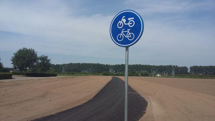 Ter illustratie. Dit is niet het fietspad in Silvolde.