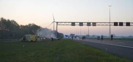 Vier doden bij eenzijdig ongeluk op snelweg A1 bij Deventer