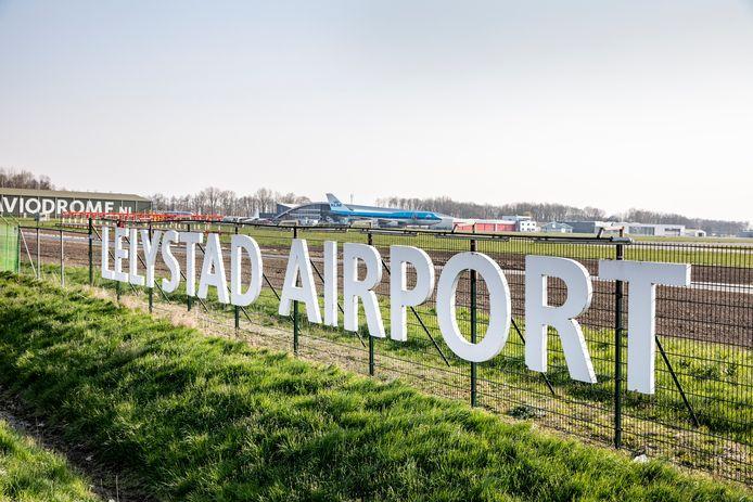 Lelystad Airport gaat op zijn vroegst pas in november 2021 open als vakantievliegveld.